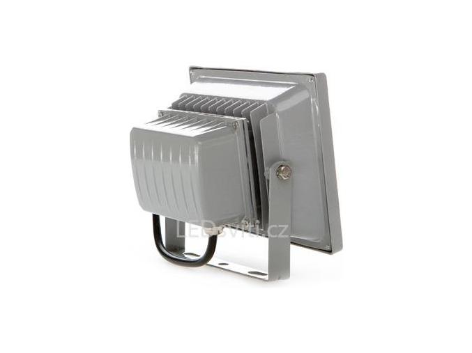 Stříbrný LED reflektor 12V 20W denní bílá