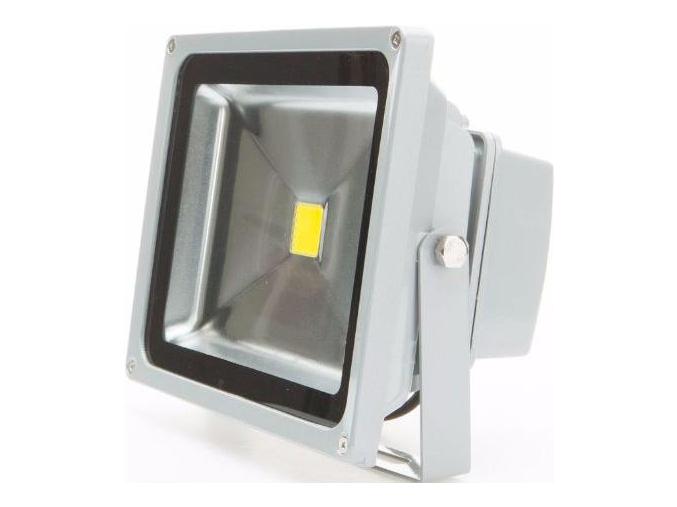 Stříbrný LED reflektor 12V 30W denní bílá