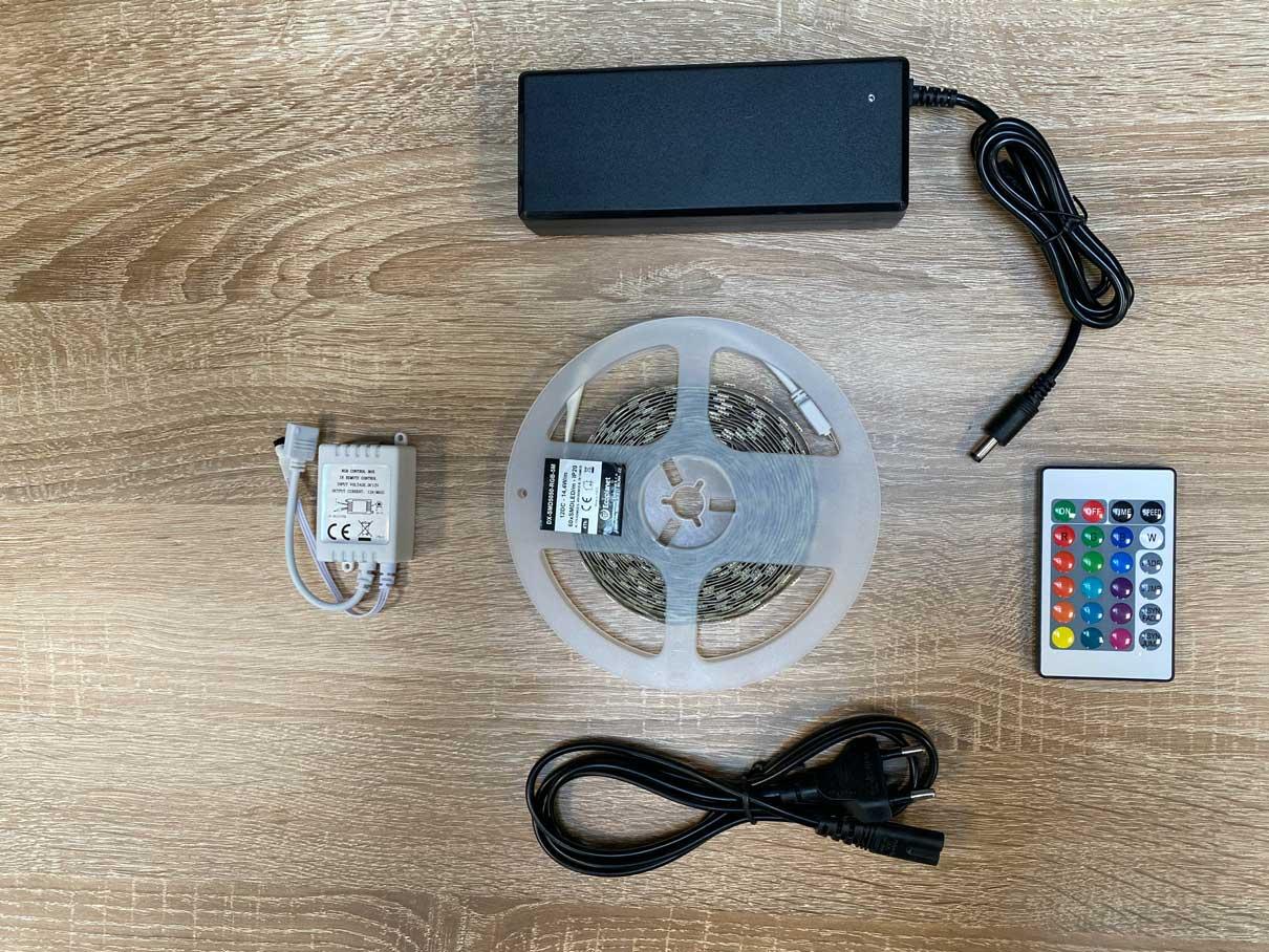 LED pás 14,4W / m bez krytia RGB kompletná sada, 5m