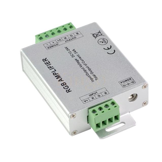 Zesilovače RGB / RGBW signálu