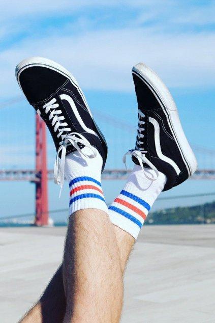skate cervenomodre prouzky ponozky