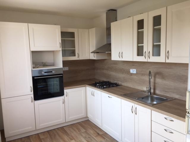 Kuchyňská linka do panelového domu - Mělník