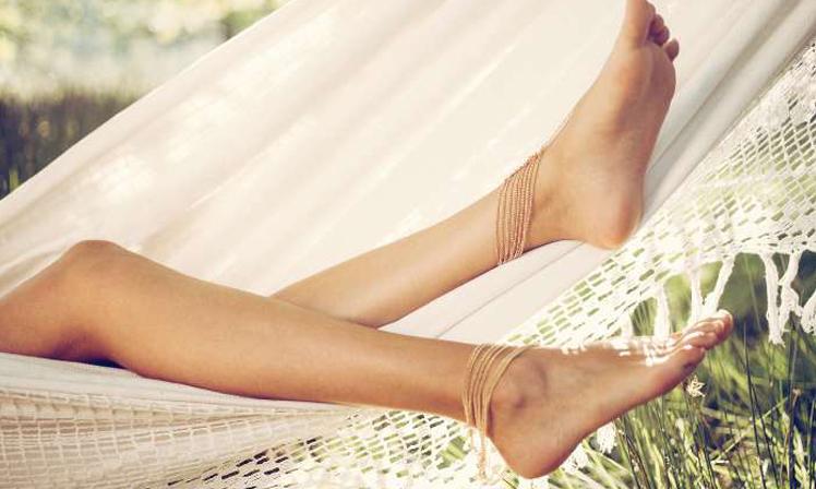 Oteklé nohy v létě - Úleva od oteklých nohou