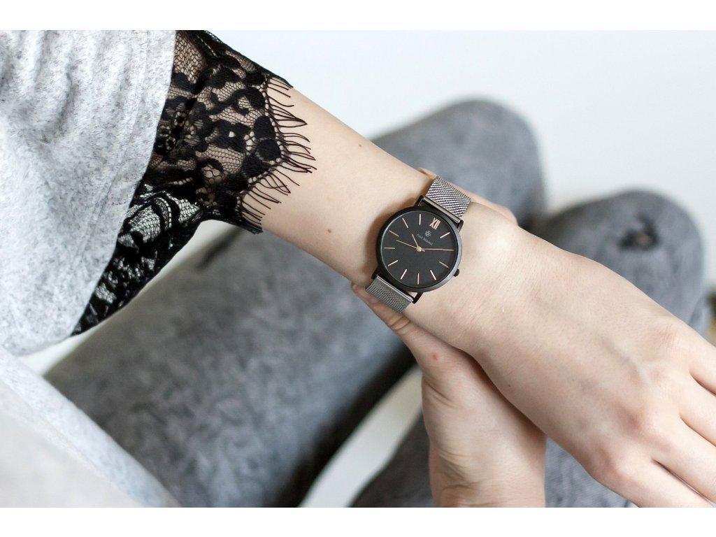 Daiktu fotografavimas Paul Mcneal Laikrodis Watch Women s watch in silver genuine leather band Stain