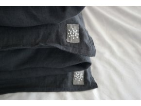povlak na polštář/polštářek - černá (vymytá)