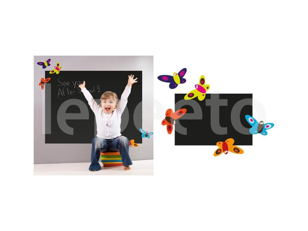 Tabule s motýlky barevná - samolepka na zeď