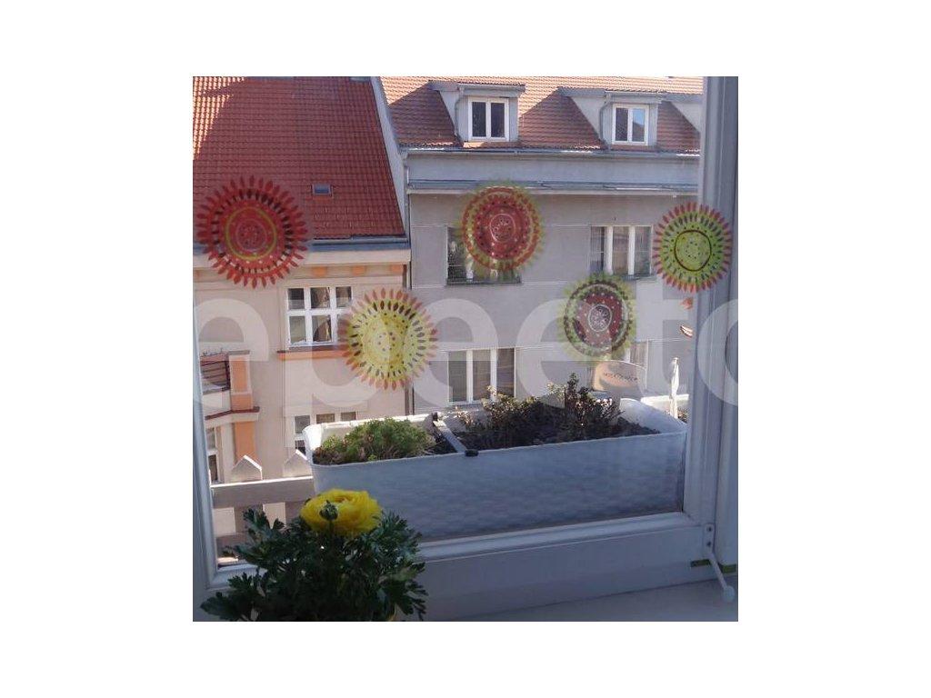 Jarní louka - přelepovací samolepky na okno
