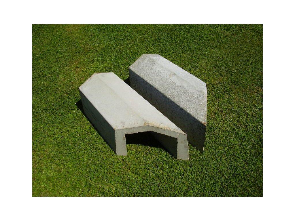 Umělé betonové nory