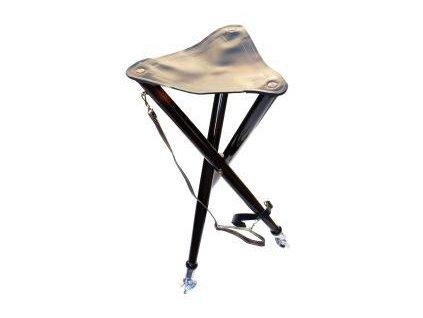 Stolička na čekanou s kovovými hroty
