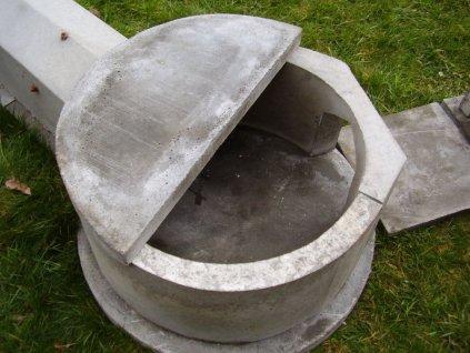 Kotel dvouvsukový s podlahou a poklopem