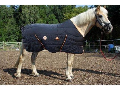Vyhřívaná deka pro koně-na objednávku