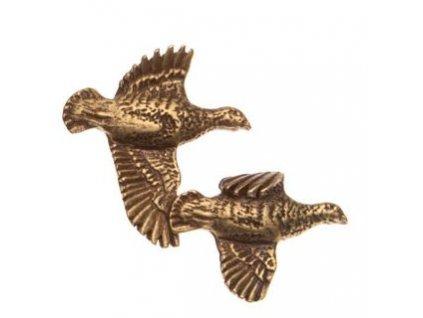 Odznak na klobouk koroptev letící