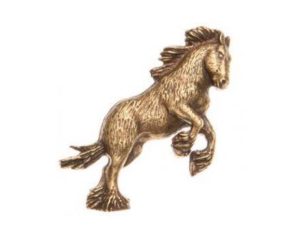 Odznak na klobouk kůň ve skoku
