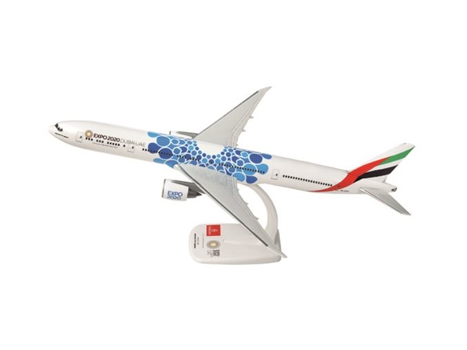 Emirates 777 BLUE
