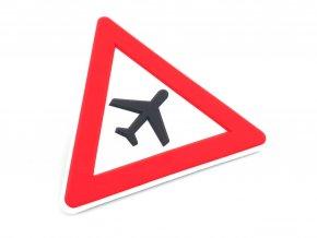 pozor letadla