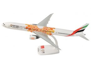 Emirates 777 ORANGE