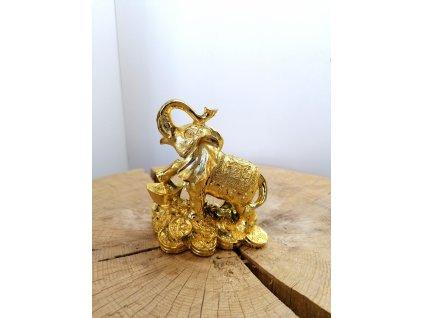 Soška Zlatý slon s ingotem a mincemi, 10 cm