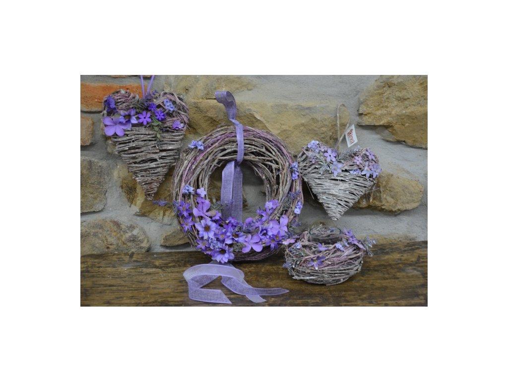 Cerino Proutěný věnec závěsný fialový květ 30cm