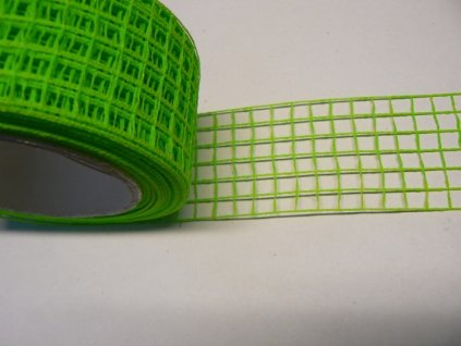 Aranžovací stuha mřížka šíře 5cm limetka. 1m