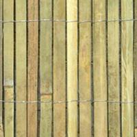 Štípaný bambus na plot