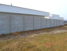 Montáž betonového plotu – Vejprnice