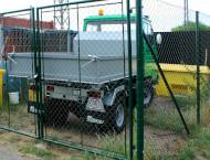Montáž klasického zeleného čtyřhranného pletiva a plotové dvoukřídlé brány – Křimice
