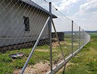 Montáž plotového pozinkovaného pletiva - Kamenný Újezd