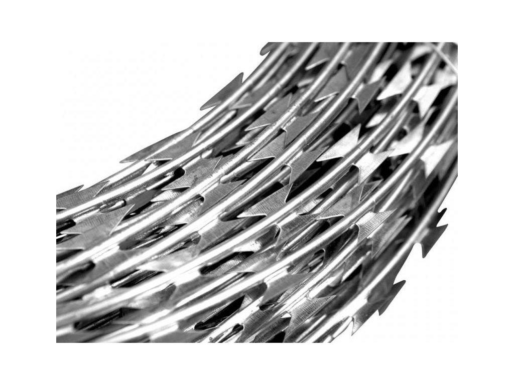 Žiletkový ostnatý drát Concertina průměr 700 mm, 10 - 11 m