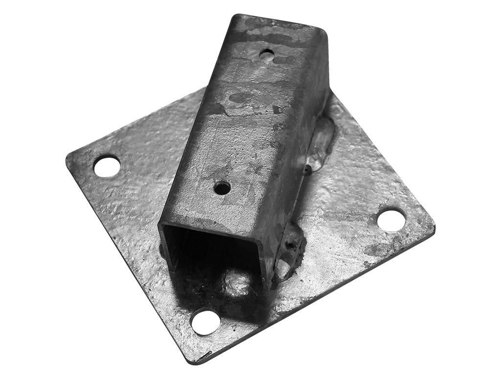 Patka na sloupek 38 mm na zeď pozinkovaná - Zn