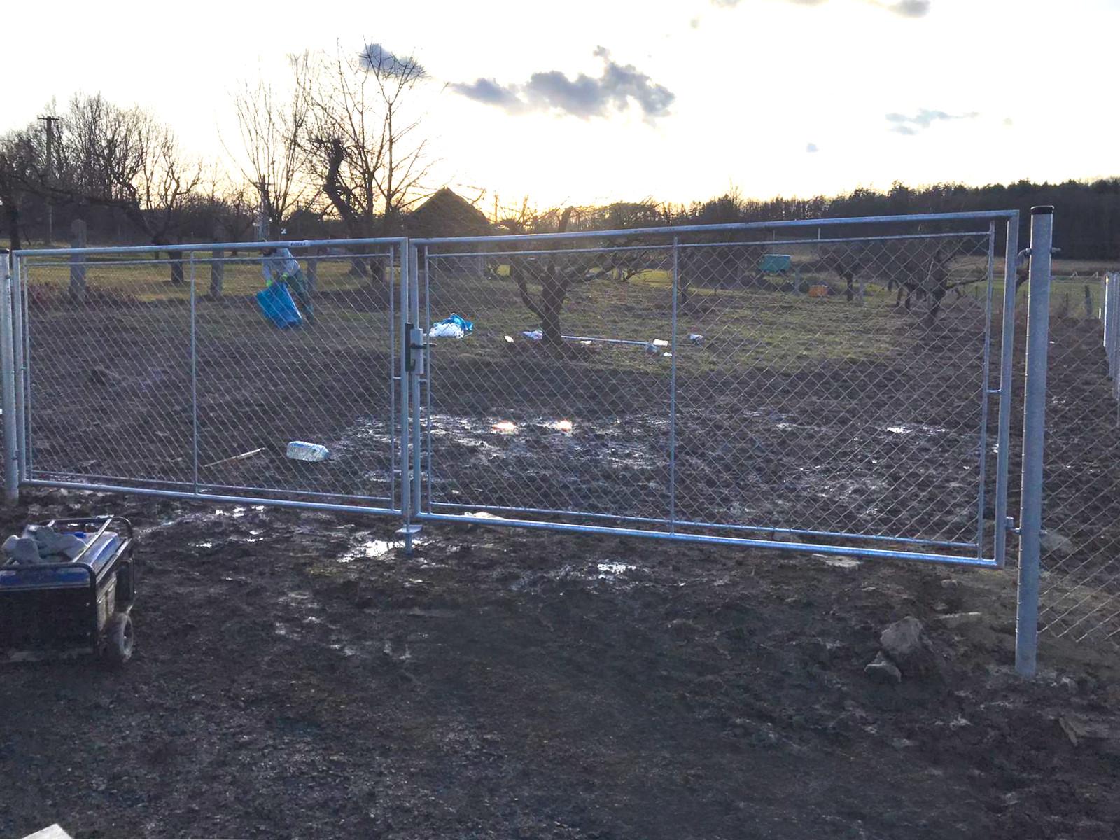 Brána zahradní dvoukřídlá pletivo, výška 160x360cm OKO pozink