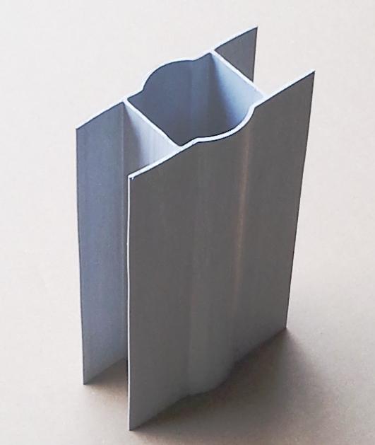 Držák podhrabové desky PVC, na sloupek max 48 mm, šířka desky max 4 cm - VÝPRODEJ