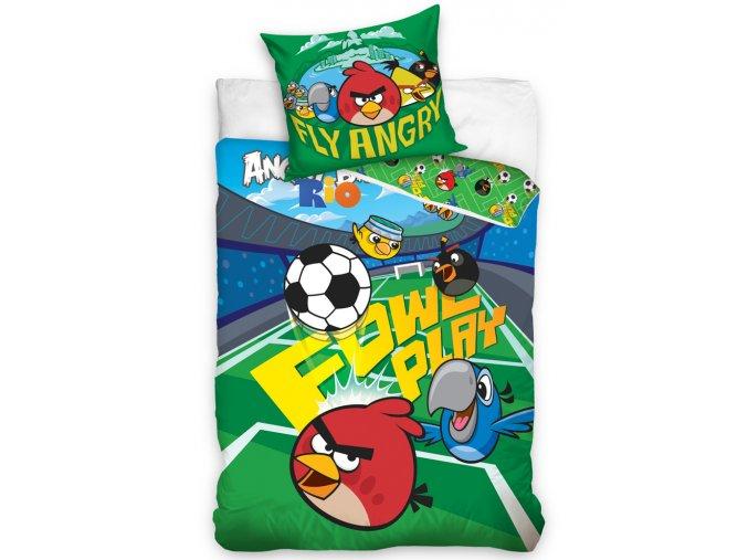 Dětské povlečení Angry Birds Fotbalový stadion