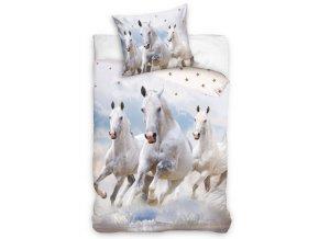 Bavlnene povleceni Kone v oblacich