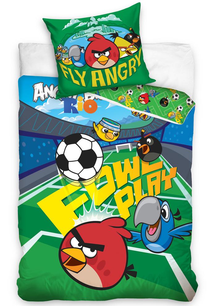 Carbotex Dětské povlečení Angry Birds Fotbalový stadion