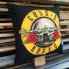 Polstarek 45x45 Guns and Roses