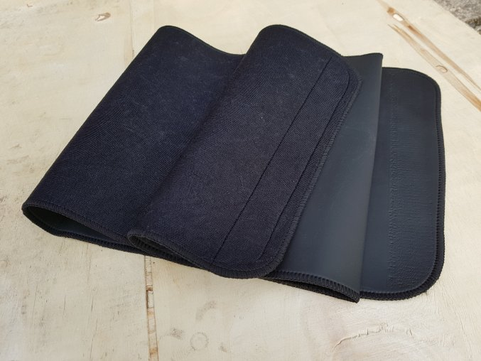 Neoprenový pás 29cm BLACK