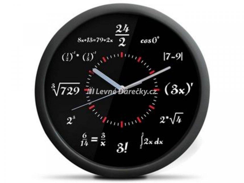 matematicke hodiny cerne 1