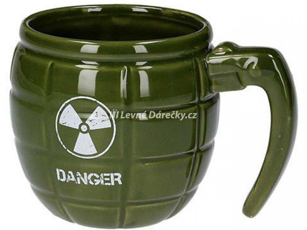 hrnek ve tvaru granatu zeleny 5