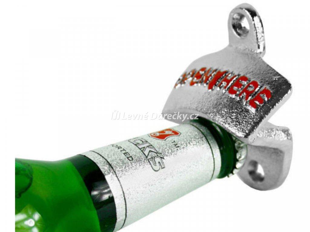 nastenny otvirak lahvi 2