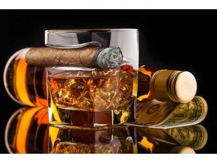 sklenice na whisky a doutnik 5