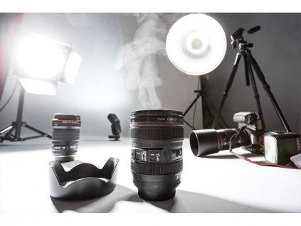 hrnek objektiv lens cup light 4