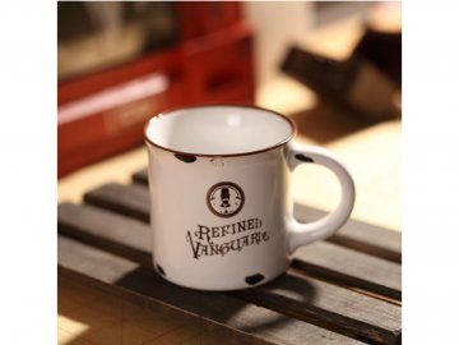 porcelanovy mini retro hrnecek refined vanguards 7