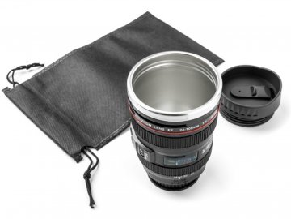 antigravitacni hrnek objektiv lens cup 1