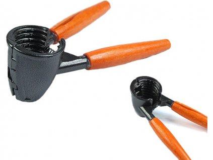 Louskač ořechů univerzální 7