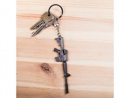 Přívěšek na klíče M4