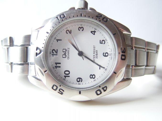 Pánské kovové hodinky stříbrné