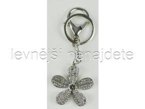 Přívěsek na klíček kytička stříbrná