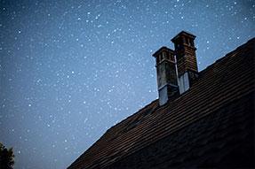 Komíny na moderních střechách