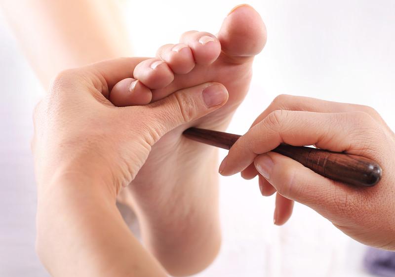 Reflexní masáž plosek nohou Minut: 30 minut