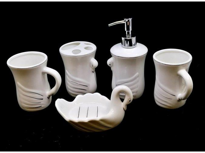 15347 4 porcelanovy set do koupelny labute